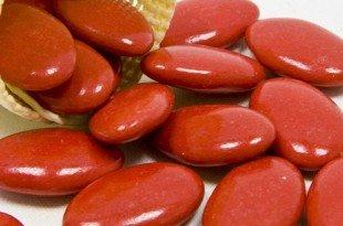 confetti rossi per feste di laurea
