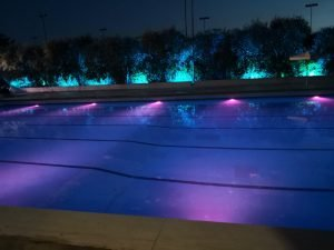 locale con piscina per feste laurea